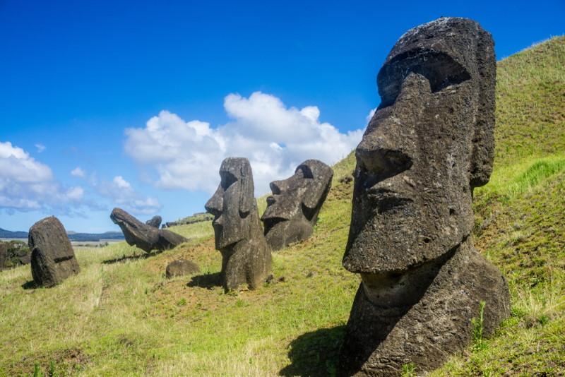 Moai satues