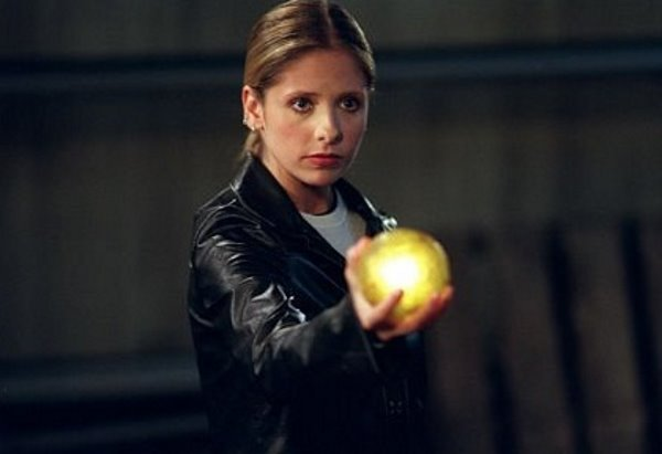 Sarah Michelle Gellar - Buffy The Vampire Slayer