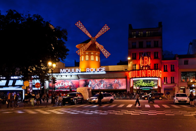 pigalle  red light district paris