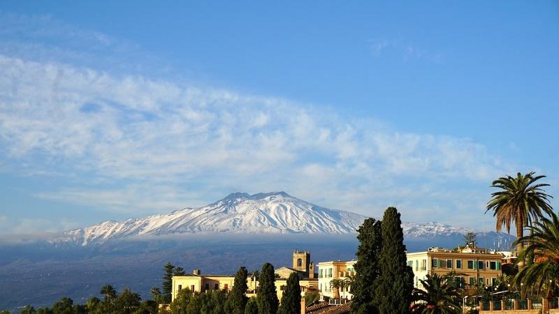 siciliy mount etna